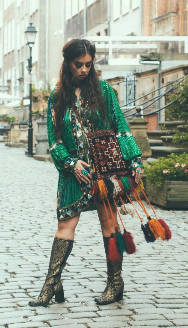 Vogueworld Goth Pinup Girls Channel Dark Beauty
