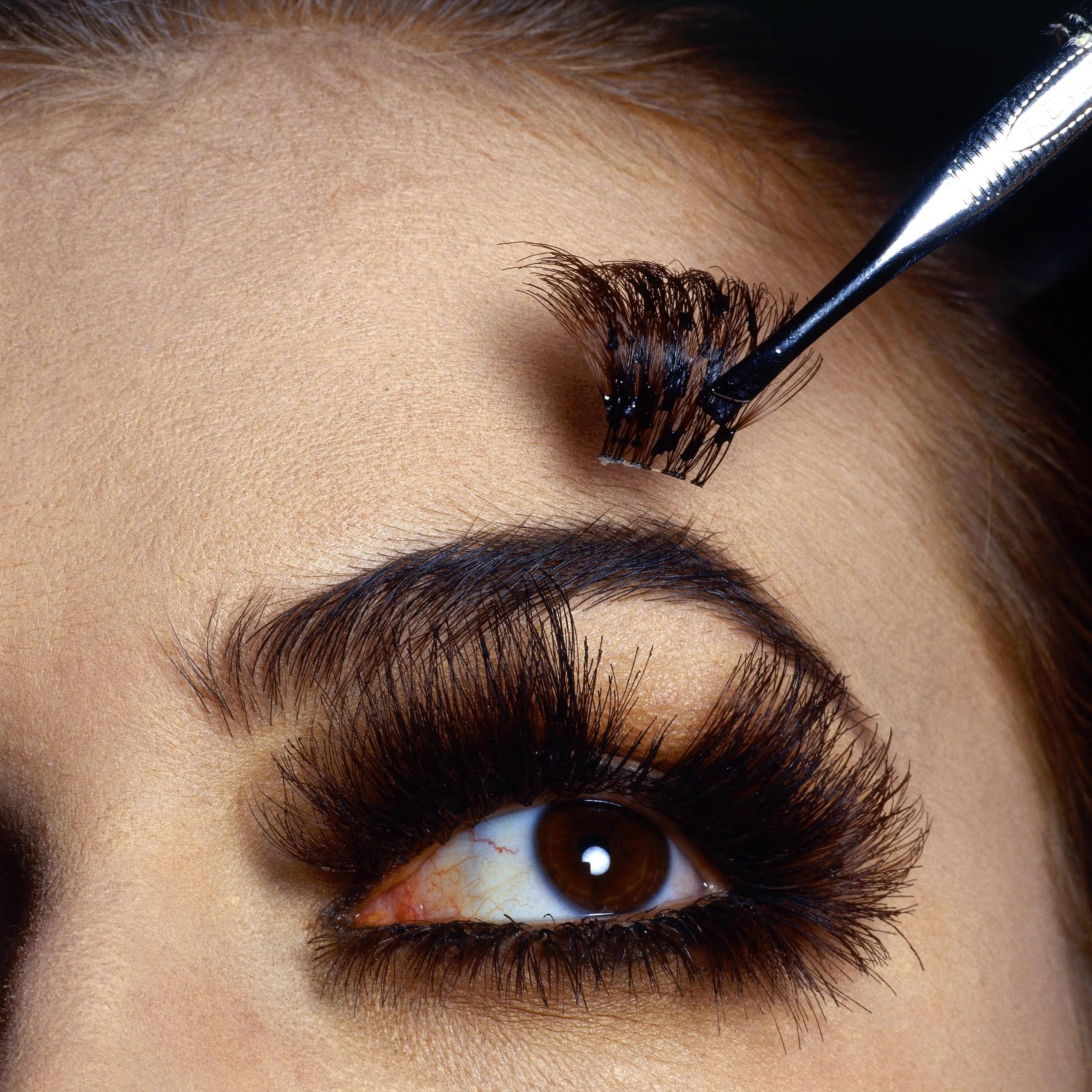 The Best False Eyelashes: Lashify Ardell and More   Vogue