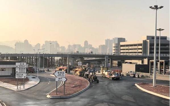 港珠澳大橋澳門口岸整體亮燈 具備通車條件 - 香港文匯網