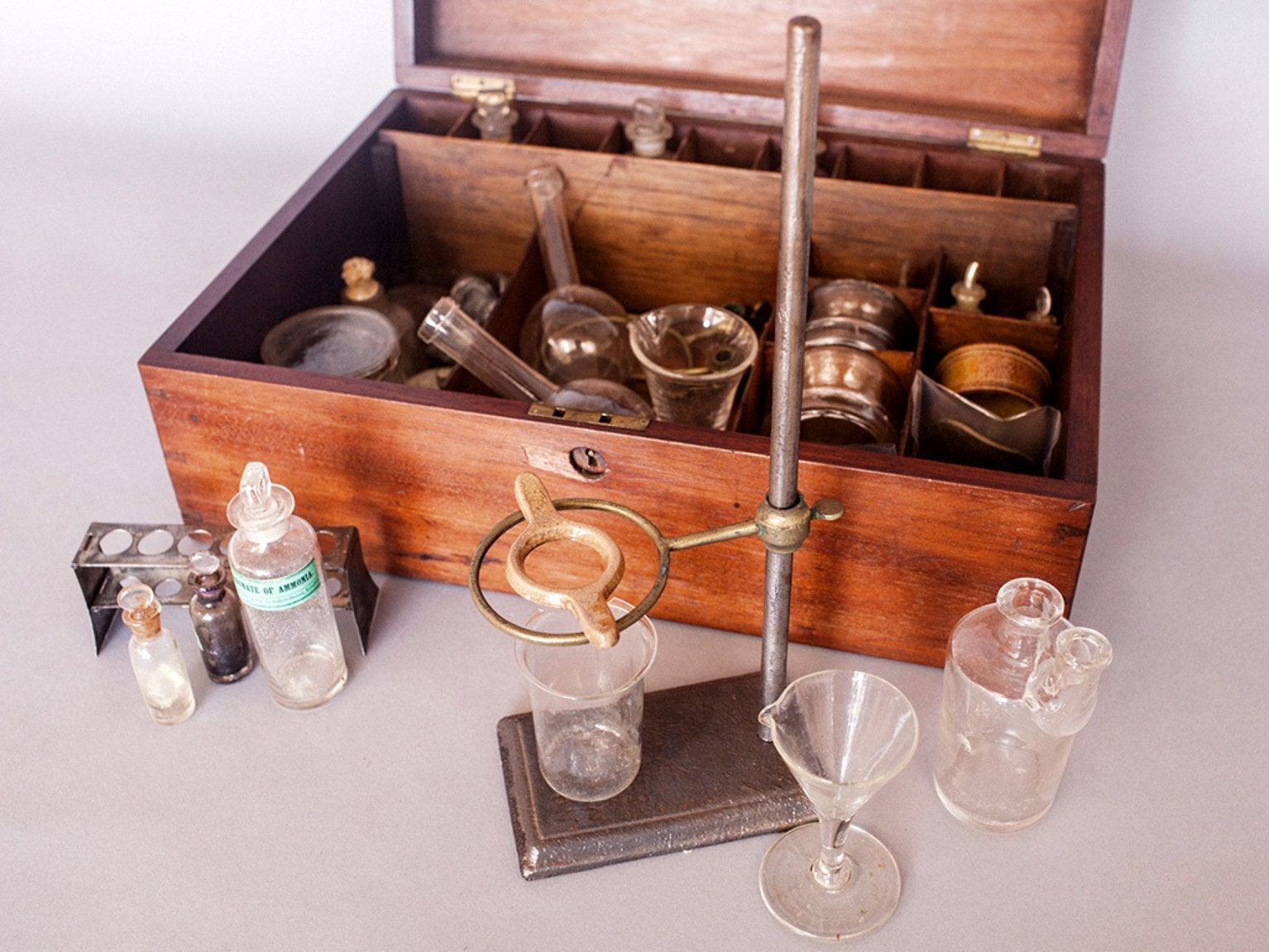 Vintage Chemistry Sets Show We Used To Be Way More Chill