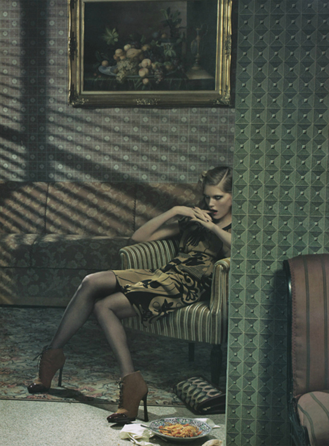 Fashion Photography vs Amazing Interiors  Models on Chairs