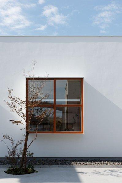 mA-Style Architects: Idokoro House in Shizouka, Japan | Yellowtrace.
