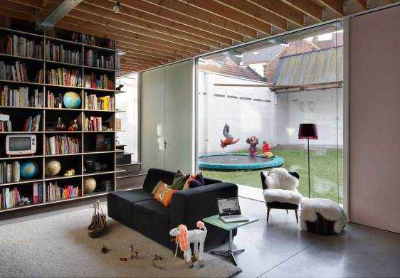 Bomastraat House by NU Architectuuratelier | Yellowtrace