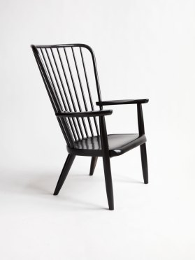 Windsor Lounge Chair by Moving Mountains   Yellowtrace