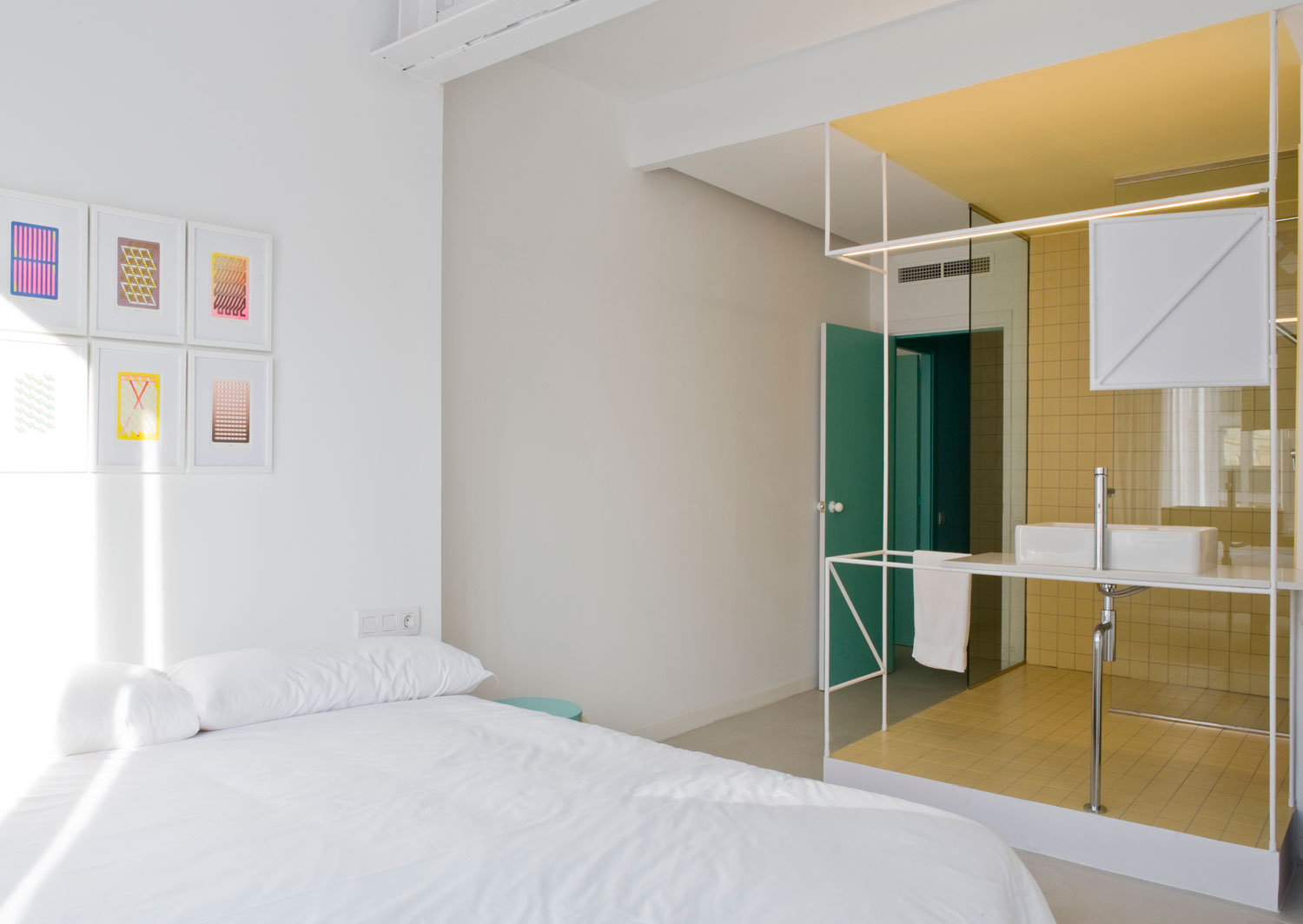 Barcelona Holiday Apartment By Colombo And Serboli