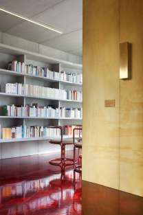Concrete Flat by Rodolphe Parente | Yellowtrace