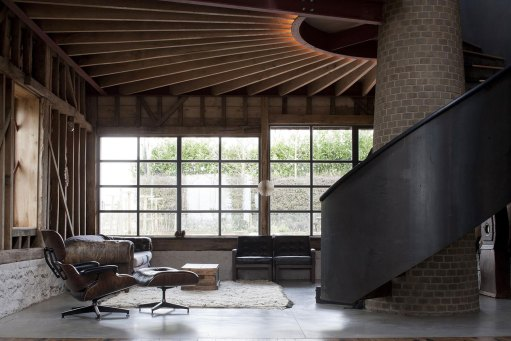 Ancient Party Barn by Liddicoat & Goldhill   Yellowtrace
