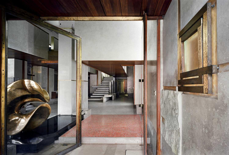 Olivetti showroom in venice by carlo scarpa yellowtrace - Carlo scarpa architecture and design ...