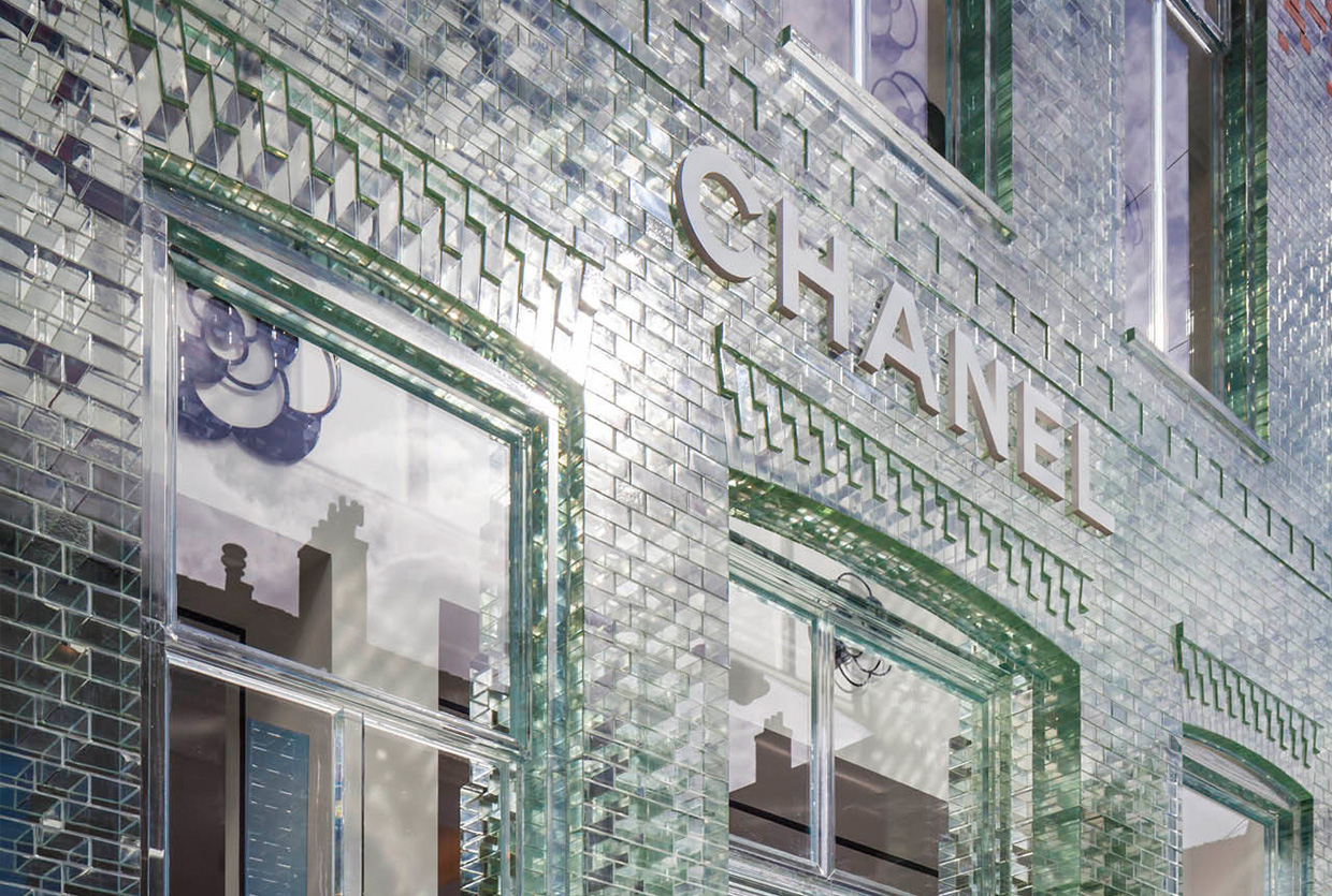 Jaw Dropping Crystal Facade By MRDV For CHANEL