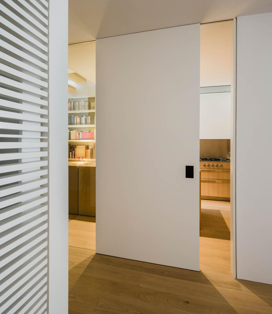 Barcelona Small Apartments: RA Apartment In Barcelona By Francesc Rife Studio
