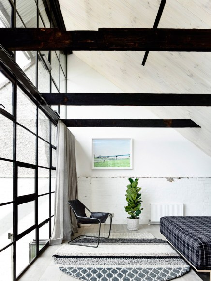 Fitzroy Loft by Architects EAT | Yellowtrace