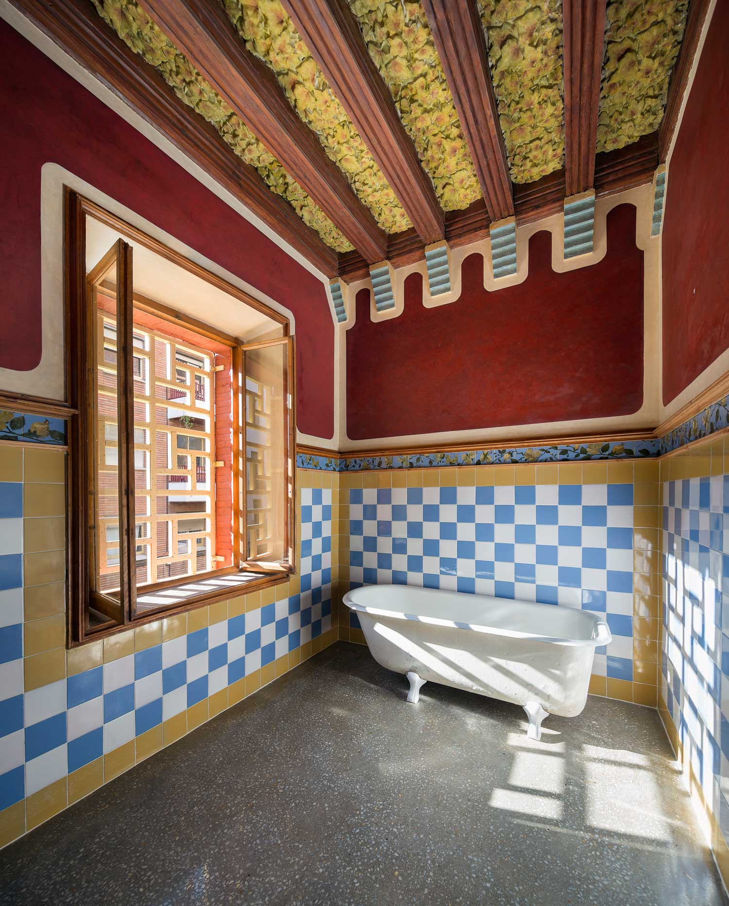 Antoni Gaudi S Restored Casa Vicens In Barcelona Yellowtrace