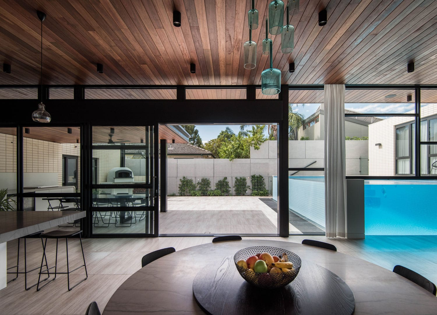 Ivanhoe House by Kavellaris Urban Design | Yellowtrace