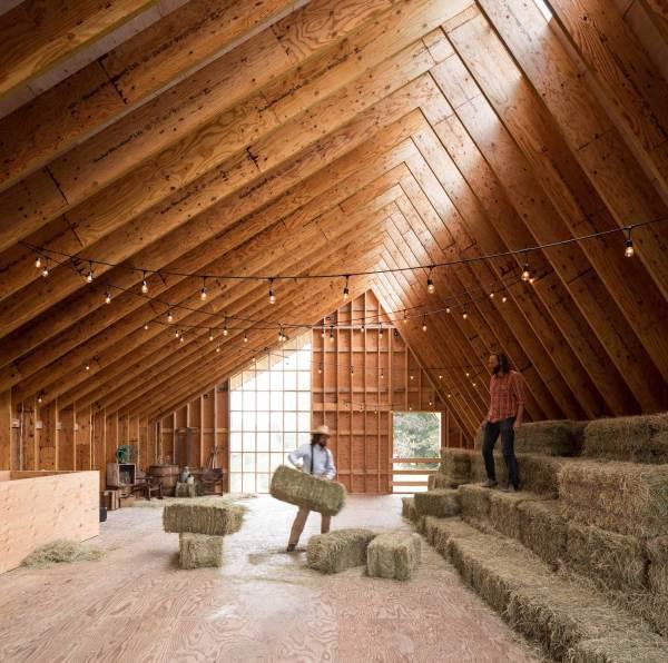Swallowfield Barn In Langley Canada Motiv Architects