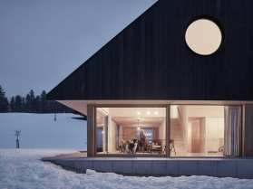 Gable House in Roßleithen, Austria by mia2/Architektur   Yellowtrace