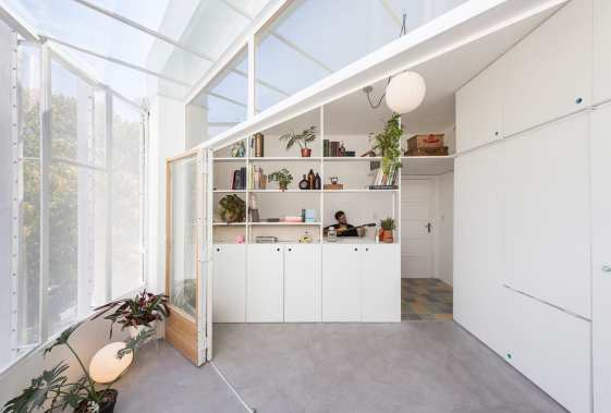 Small Apartment in Buenos Aires, Argentina by IR arquitectura | Yellowtrace