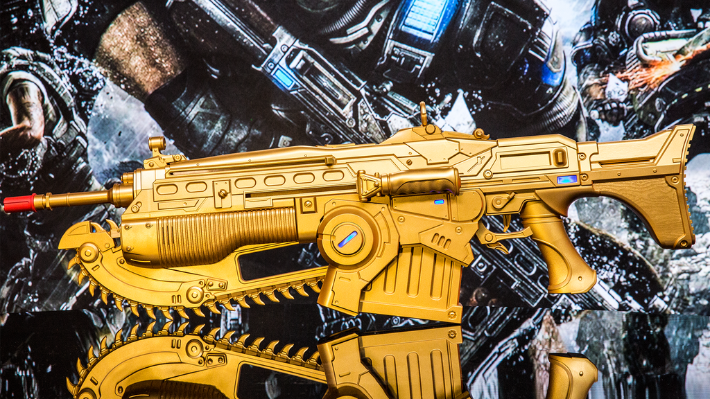 This Life Sized Gears Of War 4 Gold Lancer Comes With Exclusive In Game DLC IGN