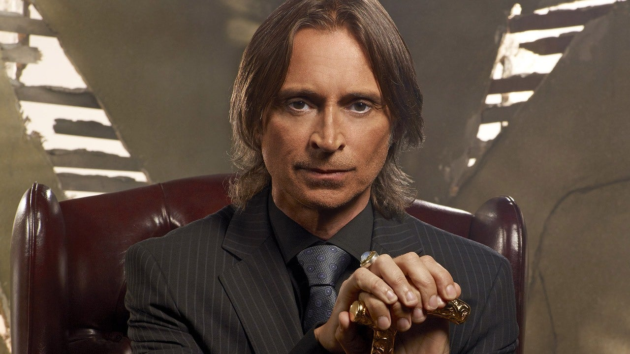 Once Upon A Time Robert Carlyle Season 5 Interview