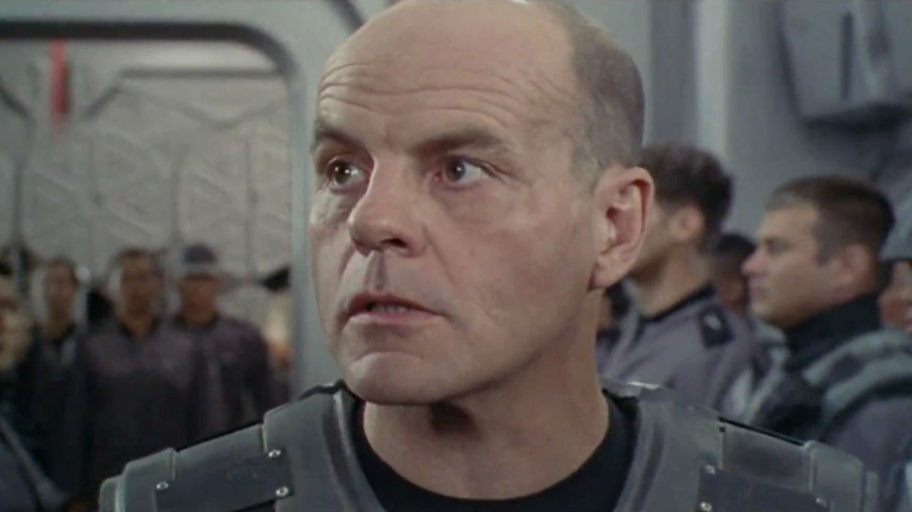 The Flash Michael Ironside Plays Captain Cold And Golden