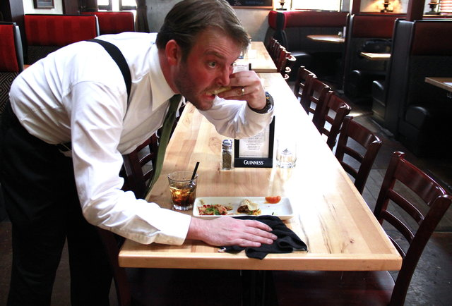 Restaurant Secrets Things Only Waiters And Waitresses Know