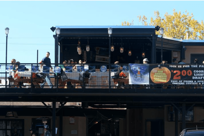 the 32 best outdoor drinking spots in