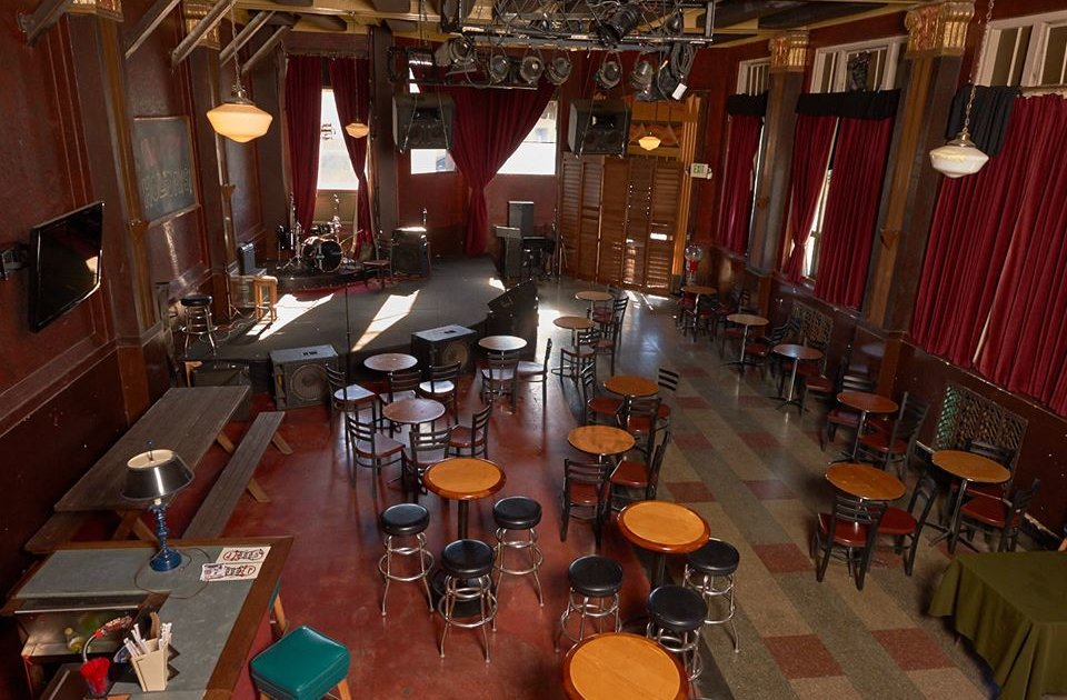 CafeClub Fais DoDo A Los Angeles CA Bar