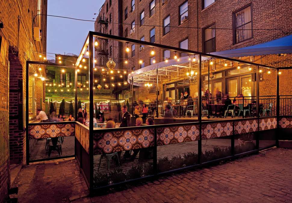 Most Romantic Restaurants in Chicago for a Perfect Date