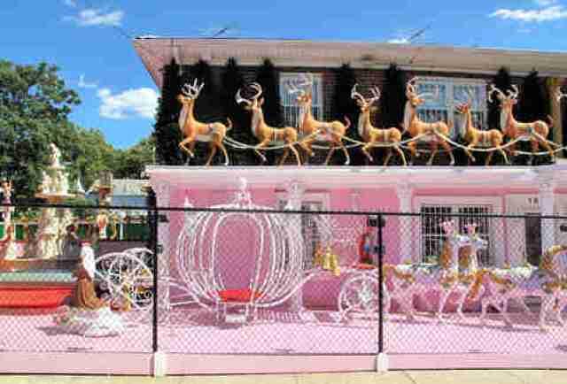 Bronx Christmas House