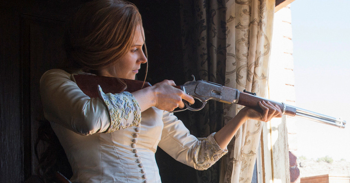 Beautiful Girl With Gun Wallpaper Netflix S Godless Ending Explained Will There Be A Season