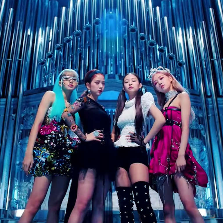 Pink Rose 3d Wallpaper K Pop Group Blackpink Smashes Youtube Record With Kill