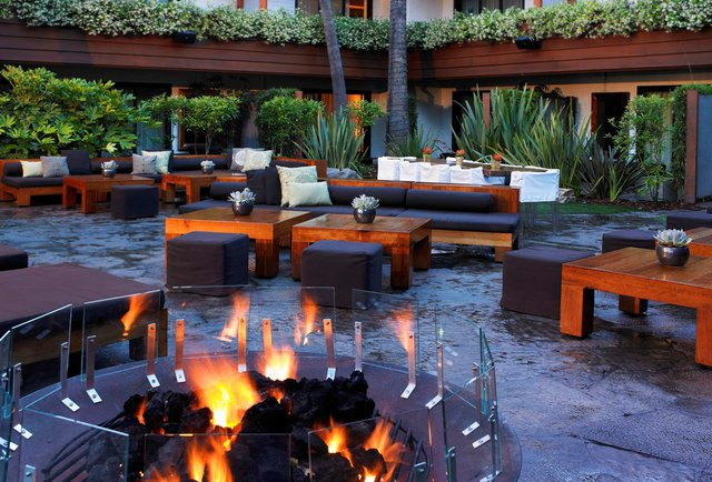 The 7 Best Outdoor Bars In Los Angeles