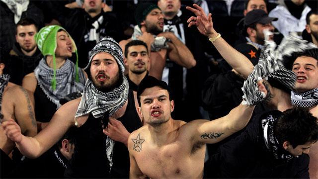 Greek Police Fire Tear Gas As Europa Fans Clash Sportsnetca