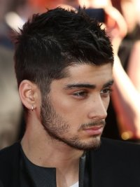 We were so busy staring at Zayn's GORGEOUS visage... we ...