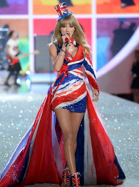 Victoria Show Fashion Taylor Swift Secret