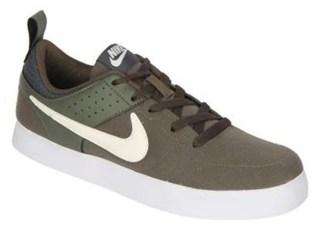 Nike Men Green Sneakers - 669593-301