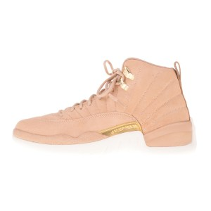 NIKE - Γυναικεία αθλητικά παπούτσια NIKE AIR JORDAN 12 RETRO HI εκρού