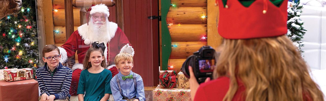 Free Photo With Santa!