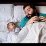 Permiso de paternidad se amplia a un mes