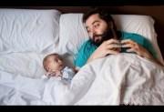 El permiso de paternidad se amplía a un mes
