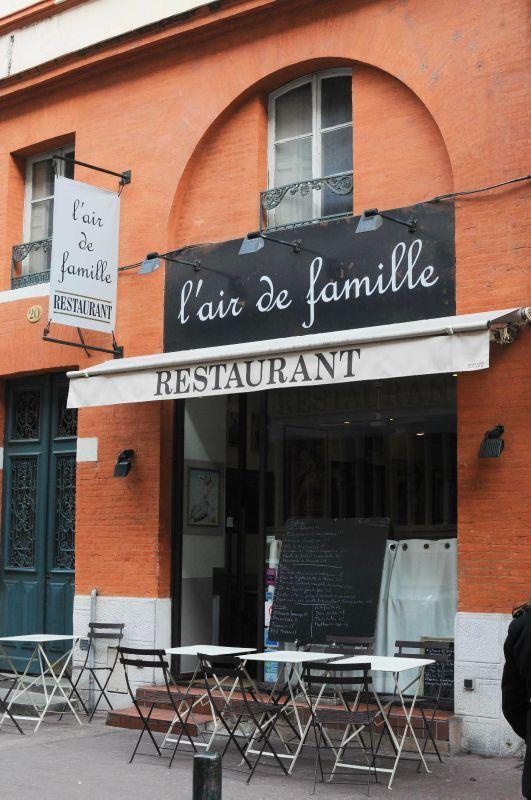 Un Air De Famille Restaurant : famille, restaurant, Déjeuner, Restaurant,