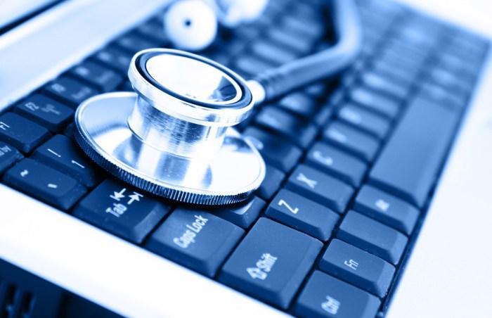 Com o crescimento das despesas, eficiência operacional se torna crítica e impulsionará investimentos de hospitais e organizações de saúde em novas tecnologias