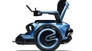 side view of scewo wheelchair