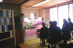 久保山霊堂・一日葬・通夜・告別式のあるお葬式での写真・家族葬・密葬・一般葬イメージ