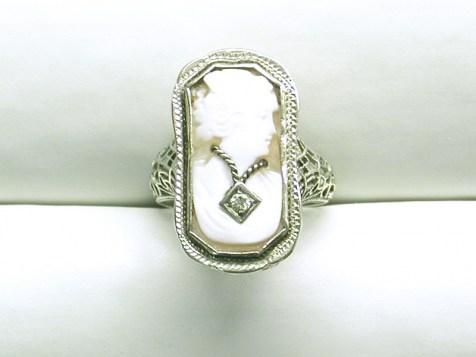 DR 2660 Filagree Cameo Ring, 14K White Gold