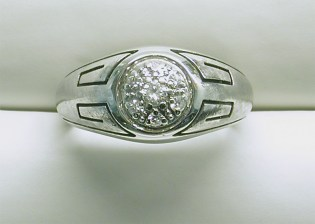 gd-2331 Mens estate diamond ring with black enamel, 14K white gold