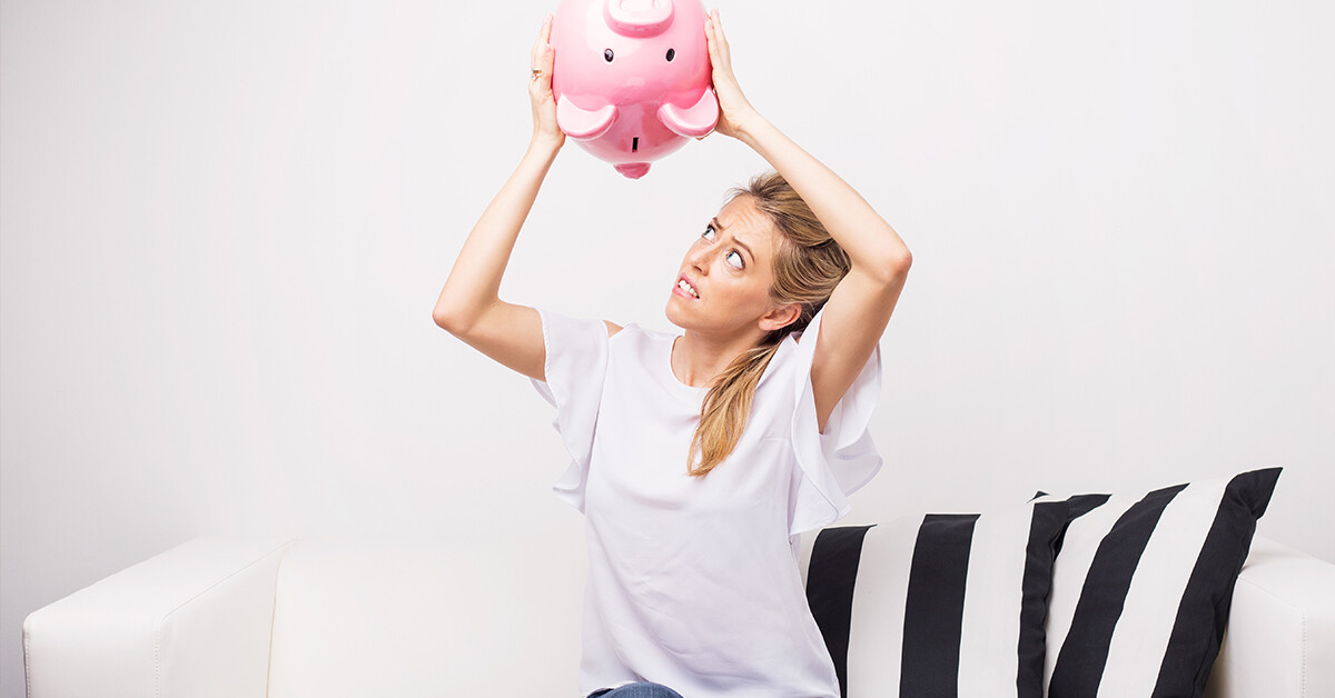Financial Tips for Avoiding an Out of Money Experience | Budgeting Tips