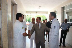 Mendonça conhece instalações do HPM na companhia diretor geral da unidade, coronel Lincoln Marcelo / Fotos: Ascom/SSP