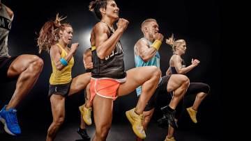 szkolenie fitness step, uczestnicy podczas zajęć fitness