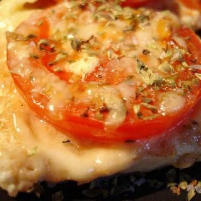 Ugnspannkaka med tomat och oregano