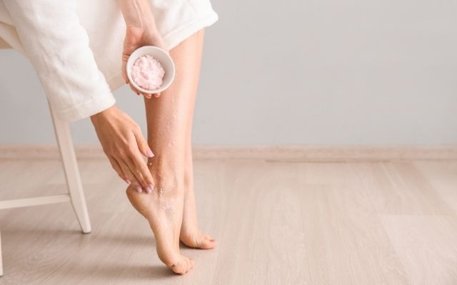 How to soften your feet this summer